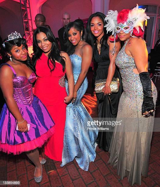 Reginae Carter Danielle Johnson Antonia Wright Rasheeda and Nivea attend Reginae Carter's 13th Birthday party at at The Callanwolde Mansion on...