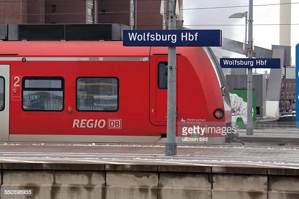 DB Regio Bahnam Bahnsteig Wolfsburg Hauptbahnhof