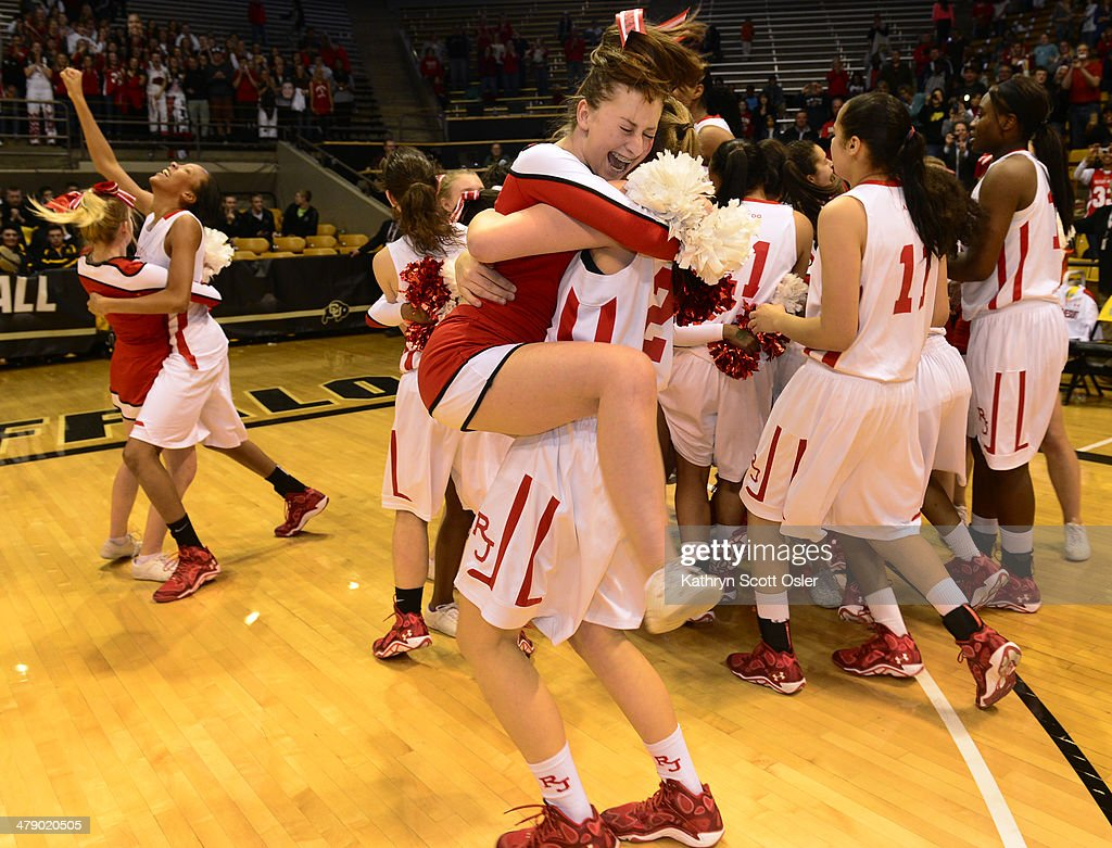 The Regis Jesuit Raiders take on the Fossil Ridge Sabercats in the Colorado 5A High School State Basketball Championships : News Photo