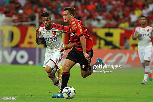 Regis of Sport Recife in action during the the Brasileirao Series A 2014 match between Sport Recife and Flamengo at Arena Pernambuco on November 9...