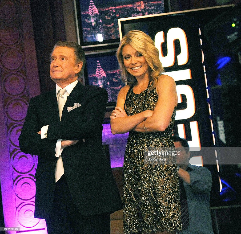 Regis Philbin and Kelly Ripa during Regis Philbin's Final Show of ...