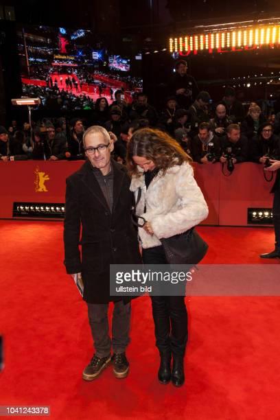 Regisseur Dani Levy und seine Ehefrau Sabine Lidl auf der Berlinale Preisverleihung am