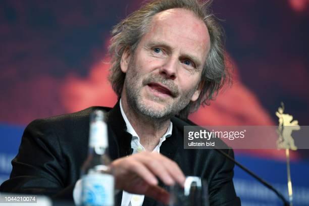 Regisseur Philip Gröning während der Pressekonferenz zum Film MEIN BRUDER HEISST ROBERT UND IST EIN IDIOT anlässlich der 68 Berlinale