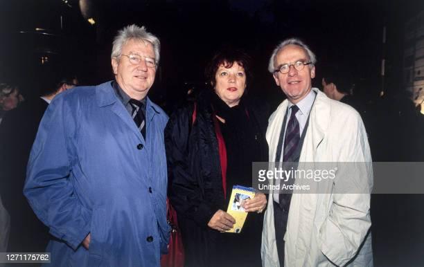 Sommertreff 20.9.2000 WOLF GREMM, Regisseur REGINA ZIEGLER, Filmproduzentin VOLKER HASSEMER, ehemaliger Kultur- und Stadtentwicklungssenator Berlins.
