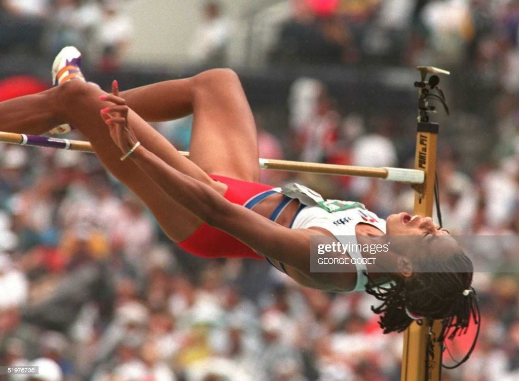Regla Cardenas from Cuba clears 1.74m during the h : Nachrichtenfoto