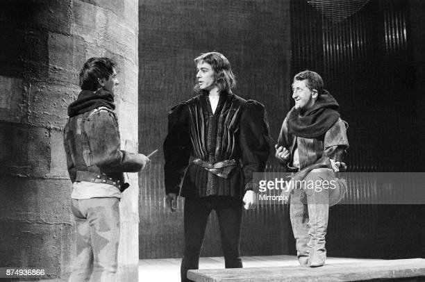 Rehearsals for 'Richard III' at the Royal Shakespeare Theatre StratforduponAvon The murderers Russell Hunter and Gordon Gostelow with the Duke of...