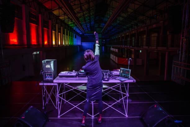 ITA: Electronic Music DJs Prepare Virtual New Years' Eve Celebrations Amid Covid-19