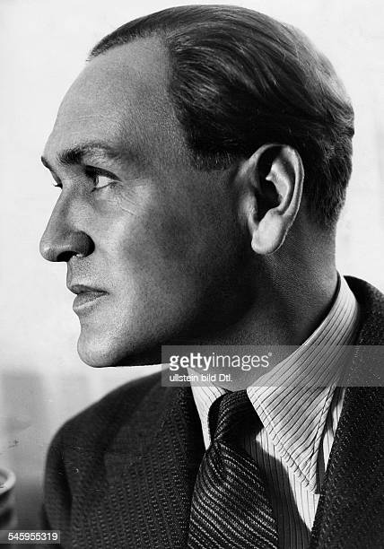 Rehmann Hans Actor Switzerland* Portrait sideface undated around 1930s Photographer Atelier Jacobi Published by 'Tempo' Vintage property of ullstein...