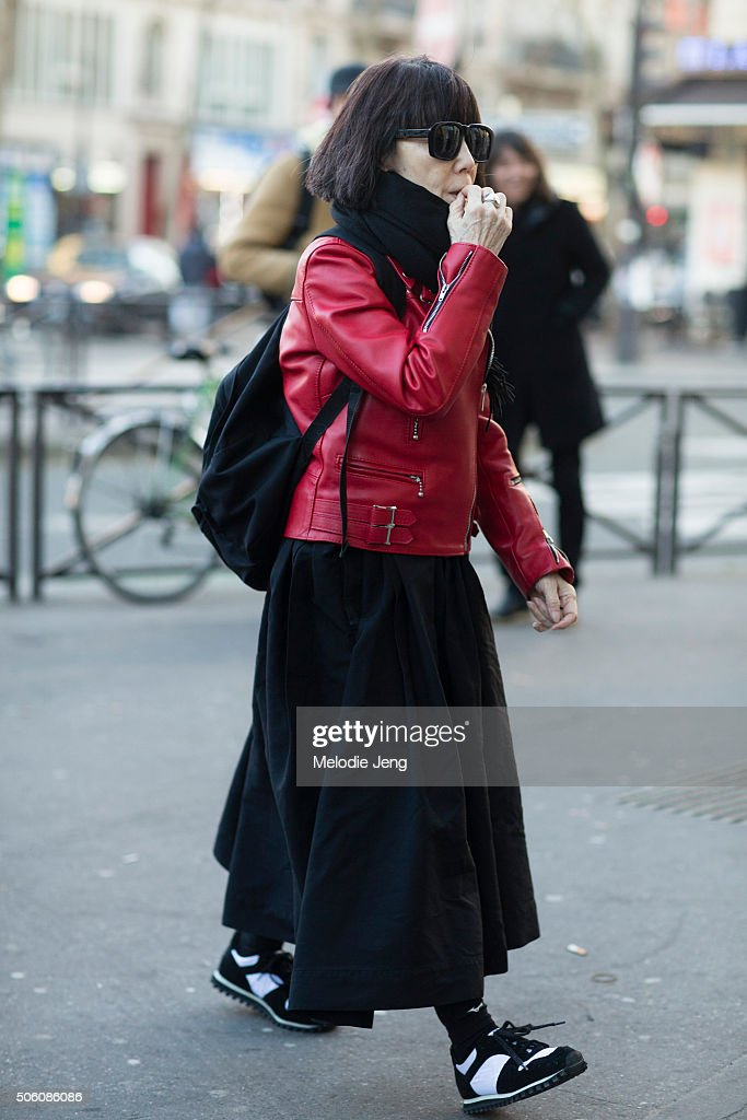Street Style : Paris Fashion Week - Menswear Fall/Winter 2016/2017 : Day Two : ニュース写真