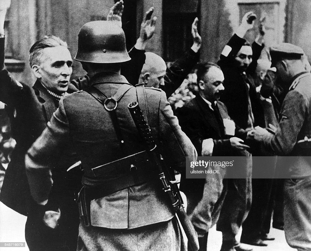 III. Reich, persecution of jews, poland 1939-45, warsaw ghetto uprising 19.04.-: Detention of the managing staff of the company Brauer. april 1943
