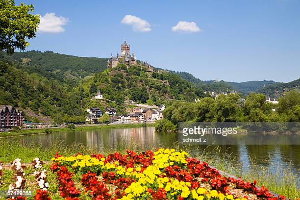 reichsburg cochem in the mosel valley - moselle stock pictures, royalty-free photos & images