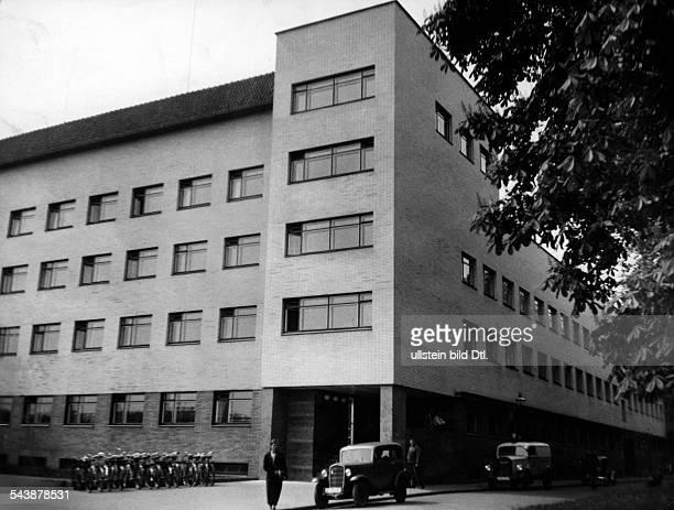 Reichssender seriesBuiling of the Reichssender Koenigsberg Photographer Curt Ullmann Published by 'Hier Berlin' 25/1937Vintage property of ullstein...