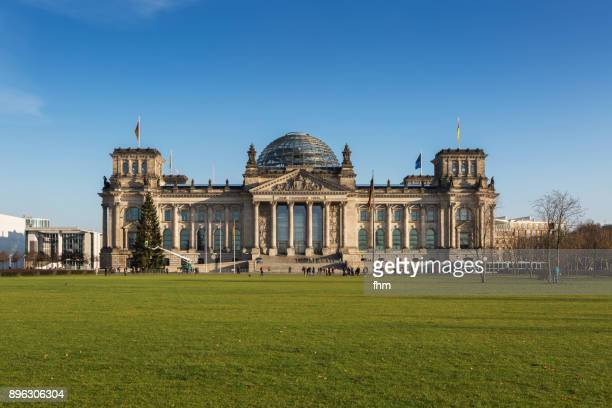 reichstag building (german parliament building) - berlin, germany - bundestag stock pictures, royalty-free photos & images