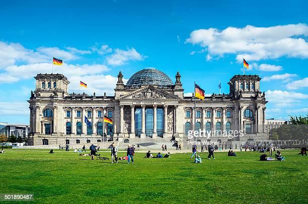 reichstag building, seat of the german parliament, berlin, germany, europe, publicground - cupola stockfoto's en -beelden