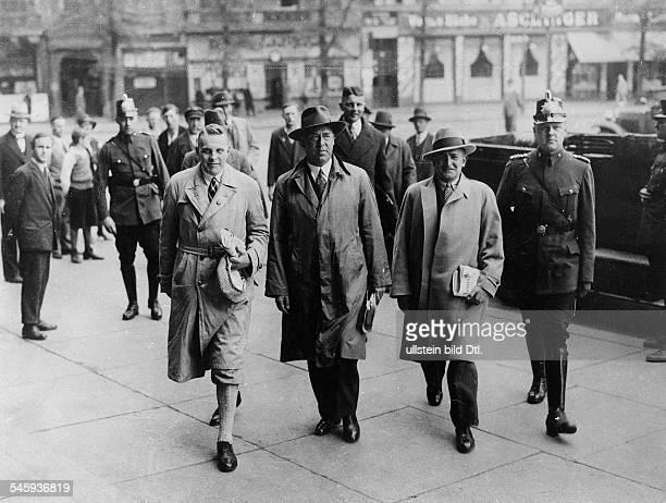 Reichstagsabgeordnete der NSDAP vor einemSchnellgericht in Berlin wegen tätlicherAngriffe auf den Kapitänleutnant aDKlotz der die RöhmBriefe...
