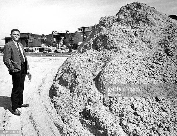 JUN 14 1965 6151965 Reid Woodbury newly appointed Gen Manager Woodbury Chem Co W/dist from 50'x100'x10' deep hole that will cover chemical from...