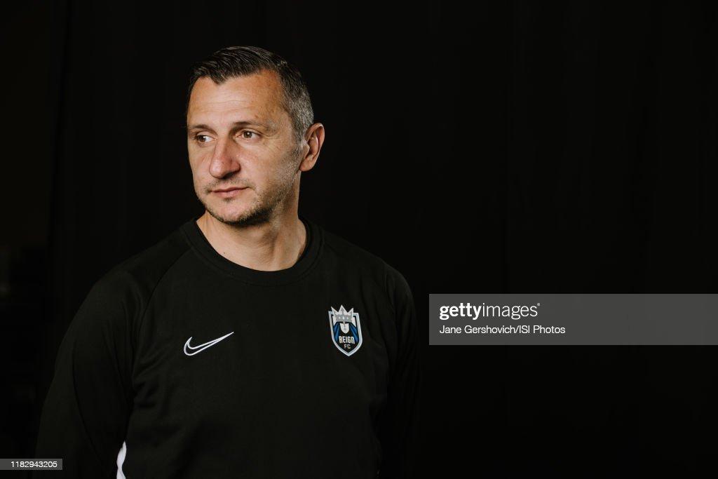 Reign FC Head Coach Vlatko Andonovski Portraits : News Photo