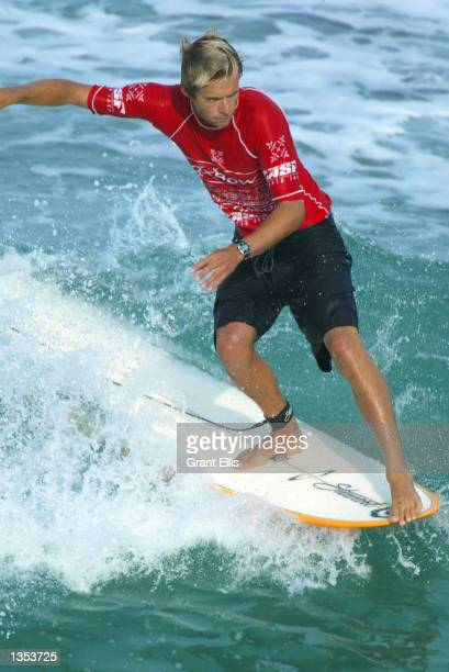 Reigning ASP World Longboard Champion Colin McPhillips of the USA advanced to round four of the Oxbow World Longboard Championships at La Rocca Cabo...