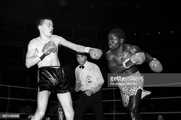 Reigning Champion Azumah Nelson stuns Jim McDonnell with another accurate right hand
