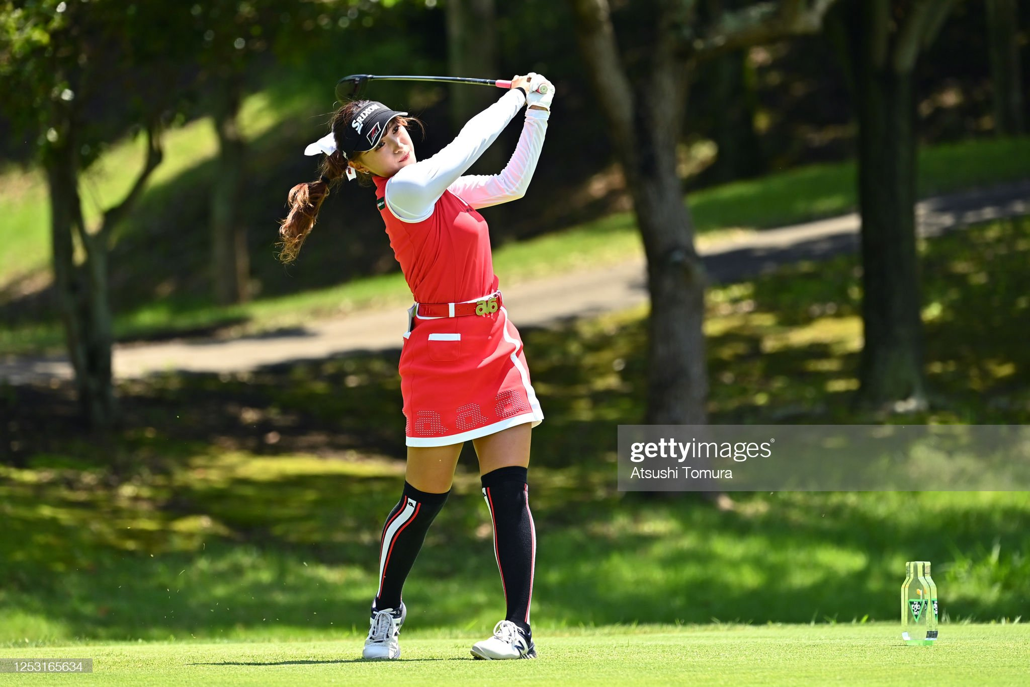 https://media.gettyimages.com/photos/reika-usui-of-japan-hits-her-tee-shot-on-the-5th-hole-during-the-of-picture-id1253165634?s=2048x2048