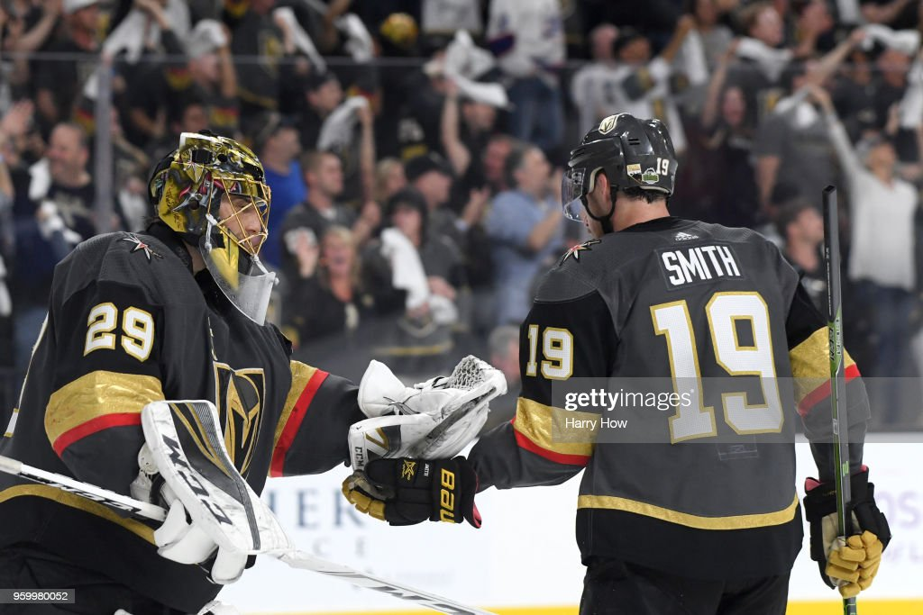Reilly Smith #19 is congratulated by his teammate Marc-Andre Fleury #29 of the Vegas Golden Knights after scoring a third-period goal against the Winnipeg Jets in Game Four of the Western Conference Finals during the 2018 NHL Stanley Cup Playoffs at T-Mobile Arena on May 18, 2018 in Las Vegas, Nevada.