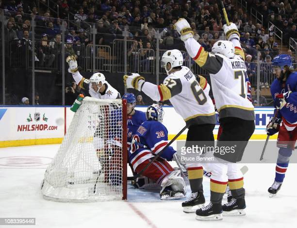 Reilly Smith of the Vegas Golden Knights scores at 1140 on the powerplay against Henrik Lundqvist of the New York Rangers and is joined in...