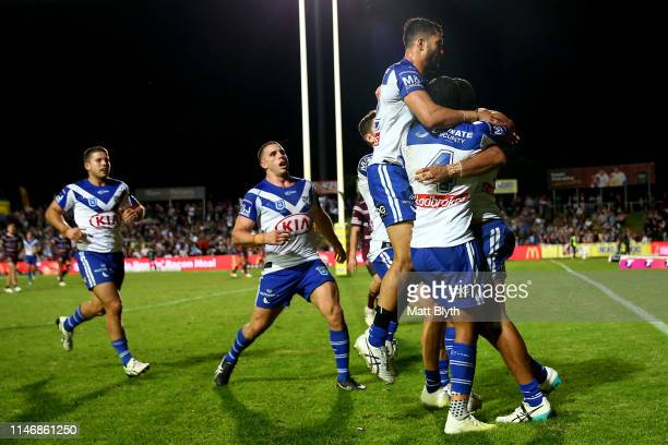 Reimis Smith of the Bulldogs scores a try during the round eight NRL match between the Manly Warringah Sea Eagles and the Canterbury Bulldogs at...