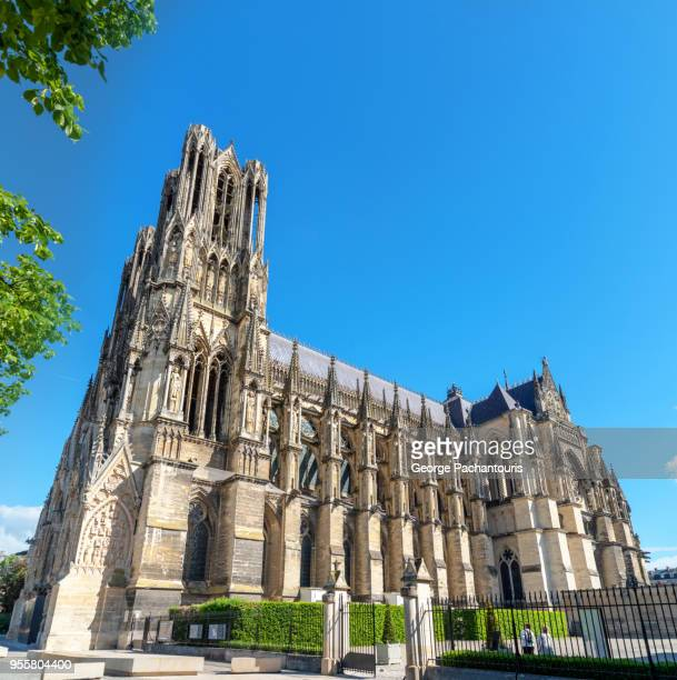 reims cathedral, france - reims fotografías e imágenes de stock