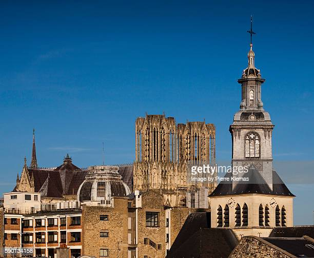 reims landscape - reims cathedral stock pictures, royalty-free photos & images