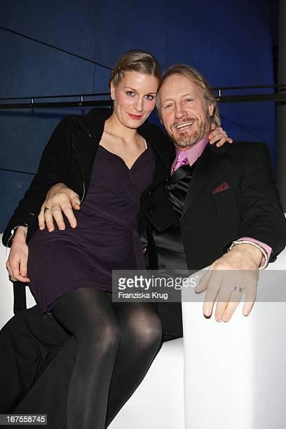 Reiner Schöne Und Freundin Anja Drendel Bei Der 'Blue Hour Opening Party' Der Ard Im E4 In Berlin Bei Der 59 Berlinale
