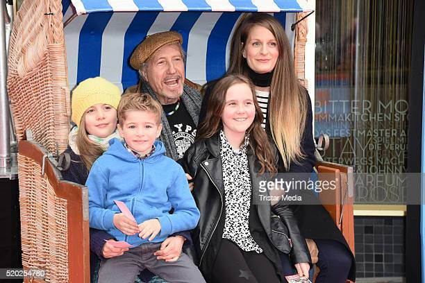 Reiner Schoene and his wife Anja Schoene with daughter Charlotte-Sophie Schoene and other kids attend the 'Rico, Oskar und der Diebstahlstein' Berlin...