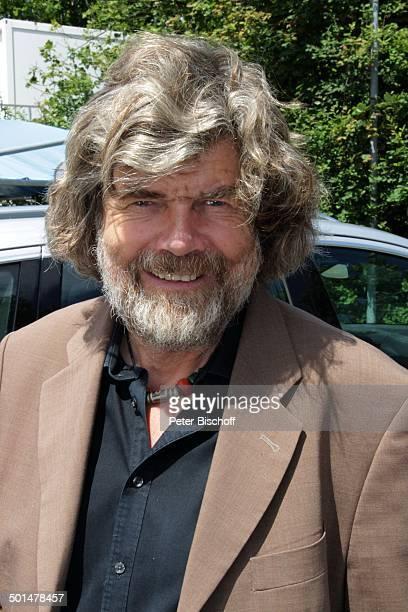 """Reinhold Messner , Porträt, ZDF-Sonntagsshow """"Fernsehgarten"""", Mainz, Rheinland-Pfalz, Deutschland, Europa, Bart Promi, BB, FTP; P.-Nr.: 982/2012, ;"""