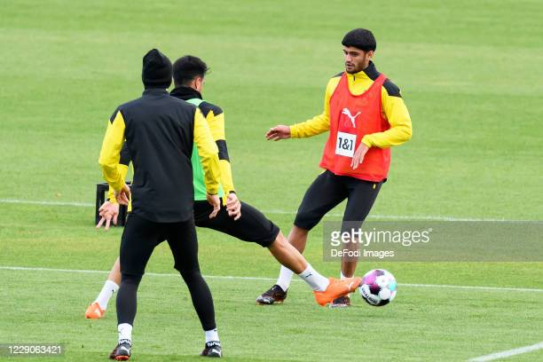 Reinier of Borussia Dortmund and Mahmoud Dahoud of Borussia Dortmund battle for the ball during the Borussia Dortmund Training session on October 13...