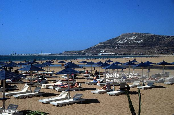Reise Agadir/Marokko/Afrika SandstrandSonnenschirme Meer