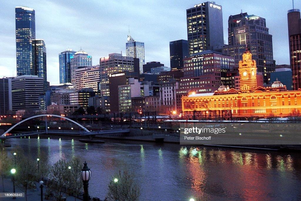 Reise, Melbourne, Australien, Yarra River, Fluss, Brücke, Skylin : News Photo