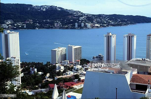 Reise Mexico Mittelamerika Acapulco Bucht HotelWolkenkratzer