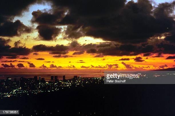 Reise Oahu/Hawaii/USA Südsee Honolulu NachtSonnenuntergang