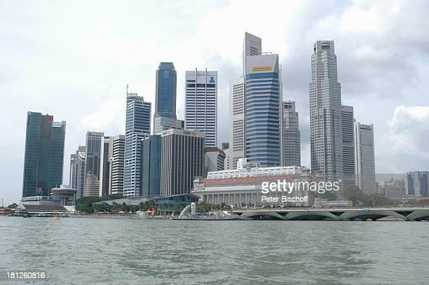 Reise Singapur/Asien Skyline Hochhaus Wolkenkratzer Gewässer Fluß MZ