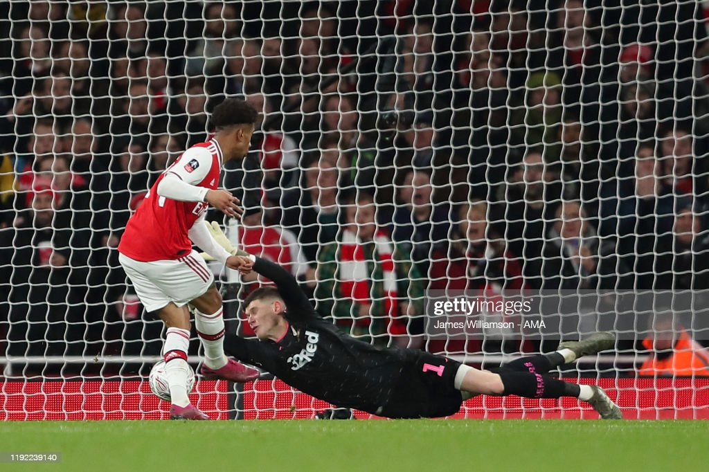 Arsenal FC v Leeds United - FA Cup Third Round : ニュース写真