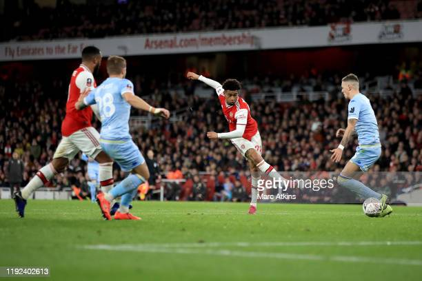 Reiss Nelson of Arsenal shoots during the FA Cup Third Round match between Arsenal and Leeds United at Emirates Stadium on January 6 2020 in London...