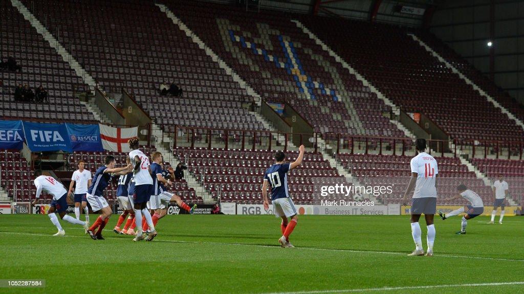 Scotland U21 v England U21 - 2019 UEFA European Under-21 Championship Qualifier : ニュース写真