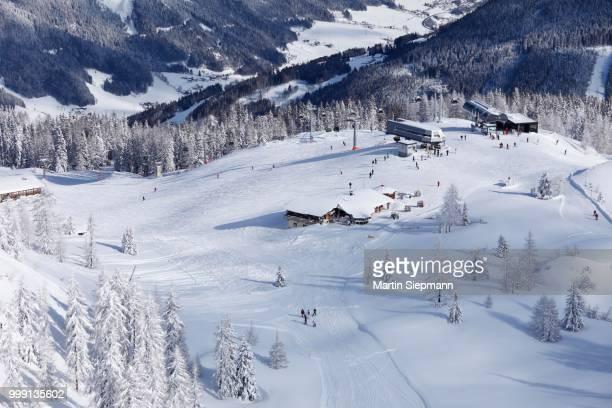 reiteralm skiing area, pichl-preunegg near schladming, styria, austria - schladming stock pictures, royalty-free photos & images