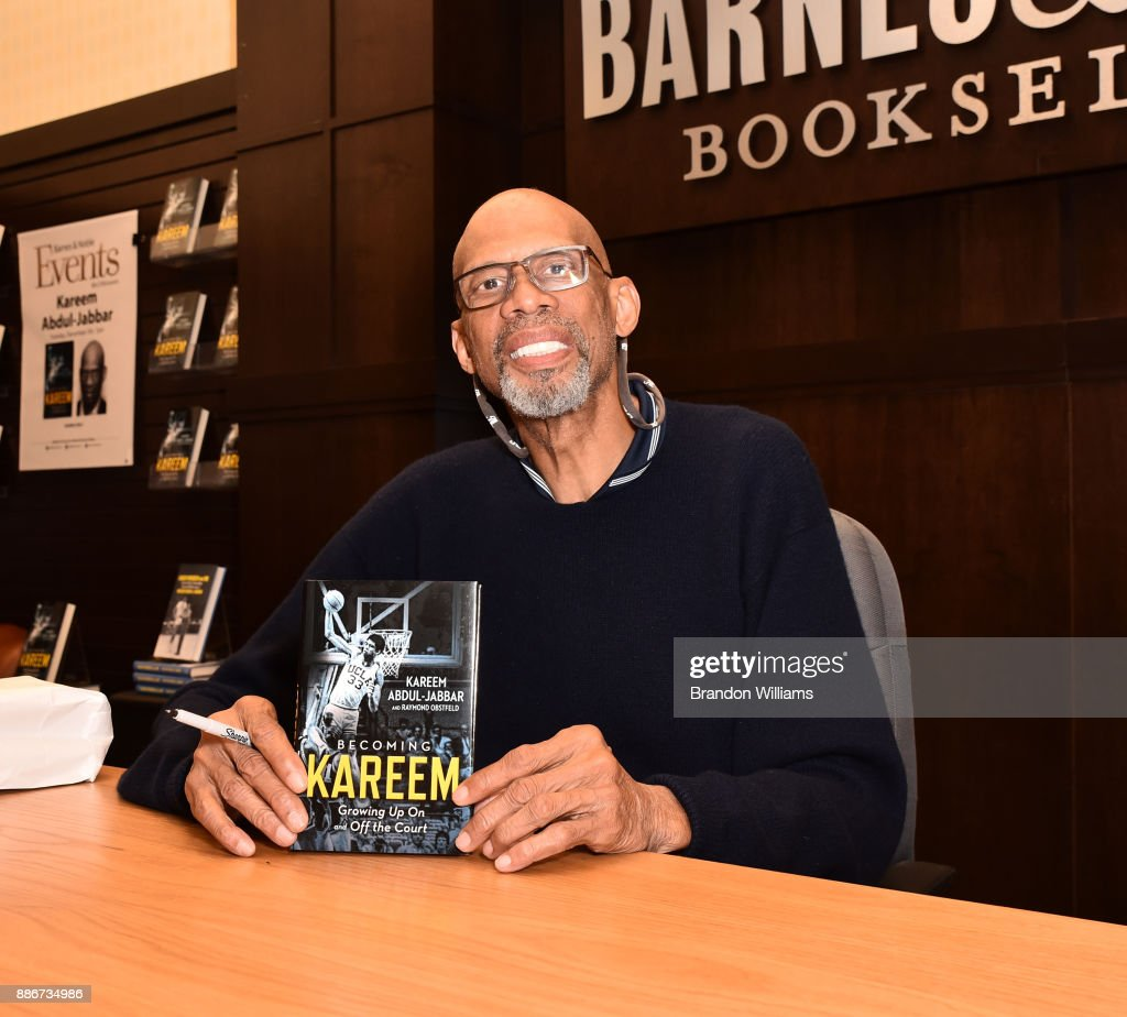 Reitred basketball player Kareem Abdul-Jabbar attends his book signing for 'Becoming Kareem' at Barnes & Noble at The Grove on December 5, 2017 in Los Angeles, California.