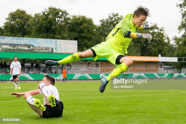 Reiziger Daan of the Netherlands fights for the ball during the 'Four Nation' match between U17 Germany and U17 Netherlands on September 12 2017 in...