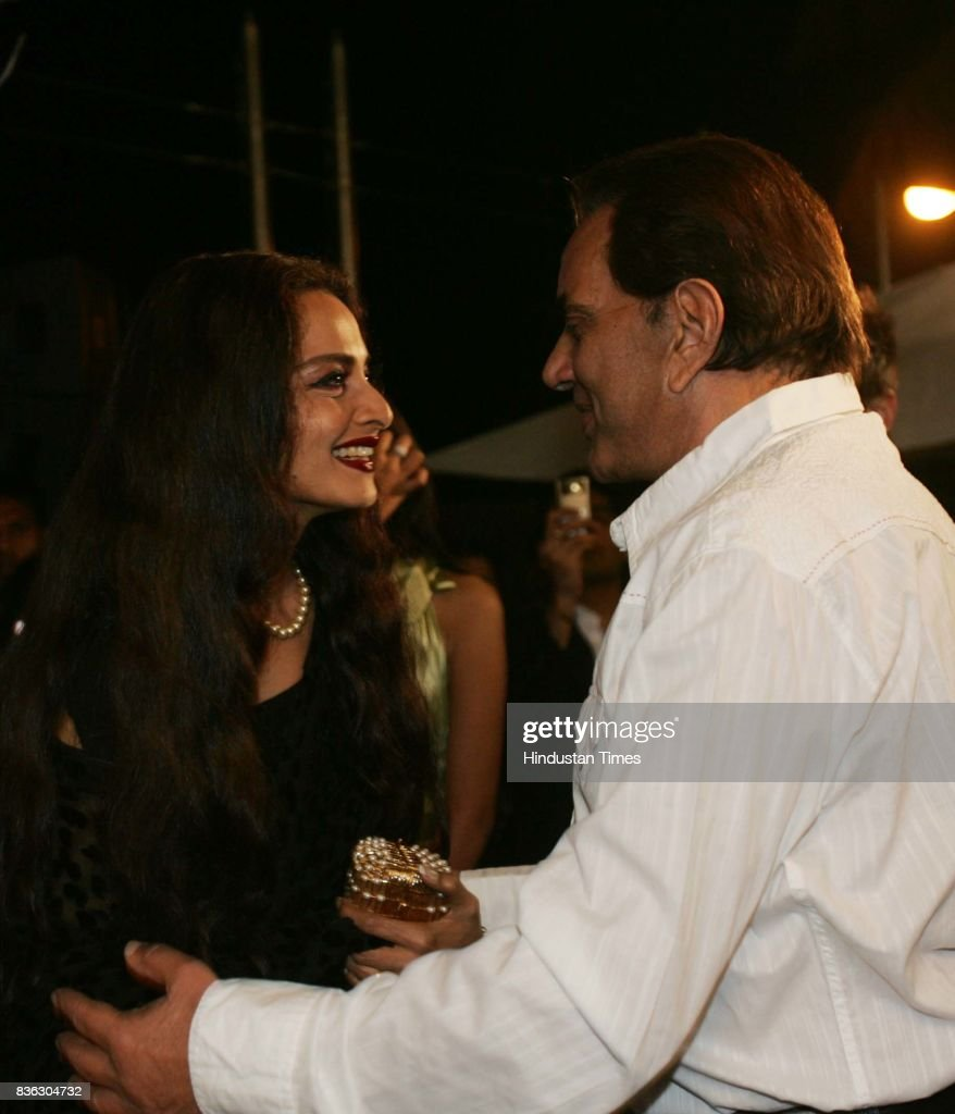 Rekha and Dharmendra at HT Cafe Awards
