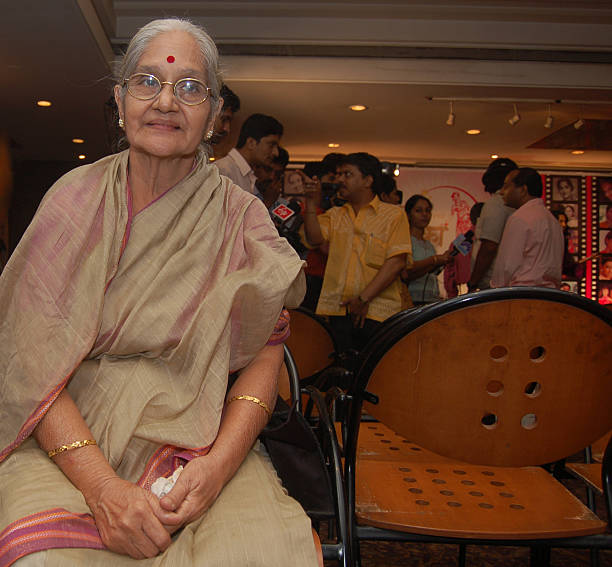 Rekha Kamat at the launch of Marathi website marathitarakacom