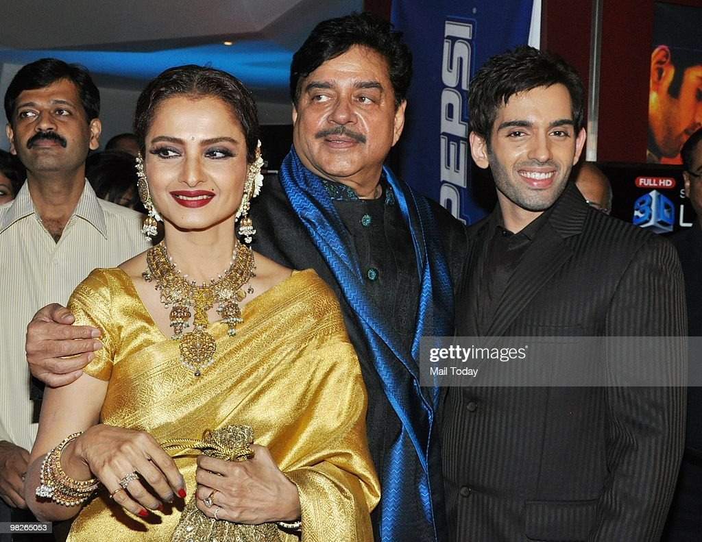 Rekha with Shatrughan and Luv Sinha at the premiere of the film Sadiyaan in Mumbai on April 1 2010