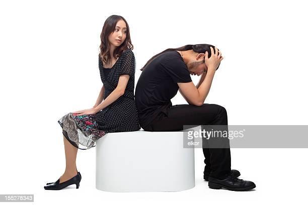 関係の問題: 若いカップル - 不満 ストックフォトと画像