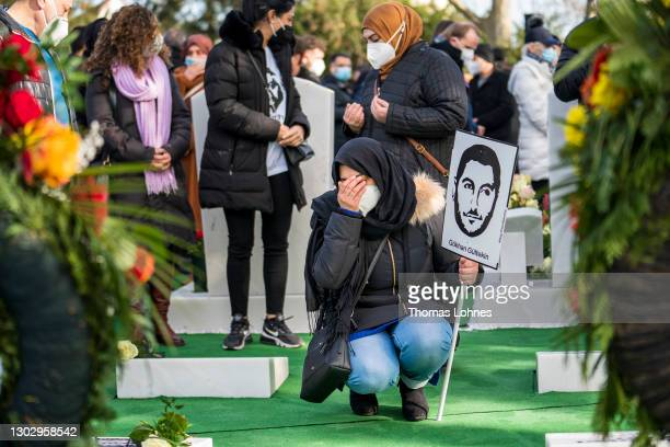 Relatives, friends and politicians commemorate the dead of the Hanau mass shooting at the grave of Ferhat Unvar, Hamza Kurtovic and Said Nesar...