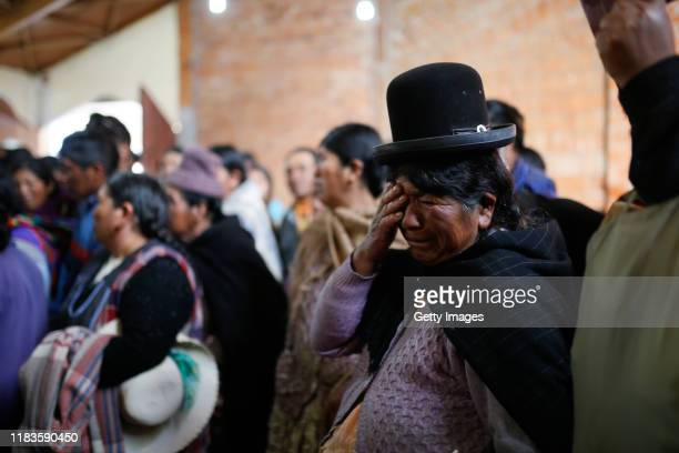 Relatives mourn during the funeral of people killed yesterday during clashes between supporters of Evo Morales and security forces in the entrance of...